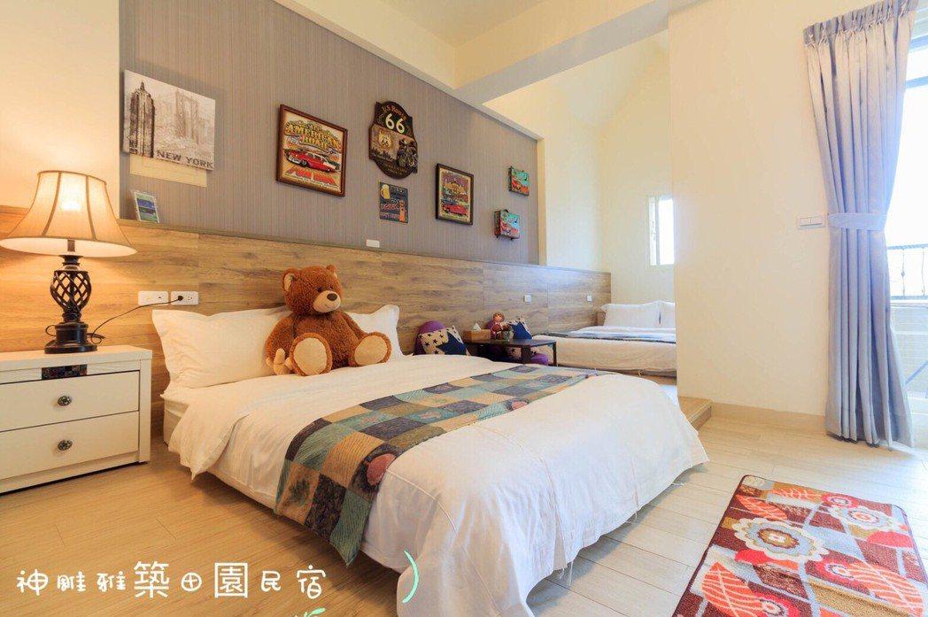 民宿內,可依照出遊人數,隨意變換雙人及四人房,King size床墊更是讓住宿的...