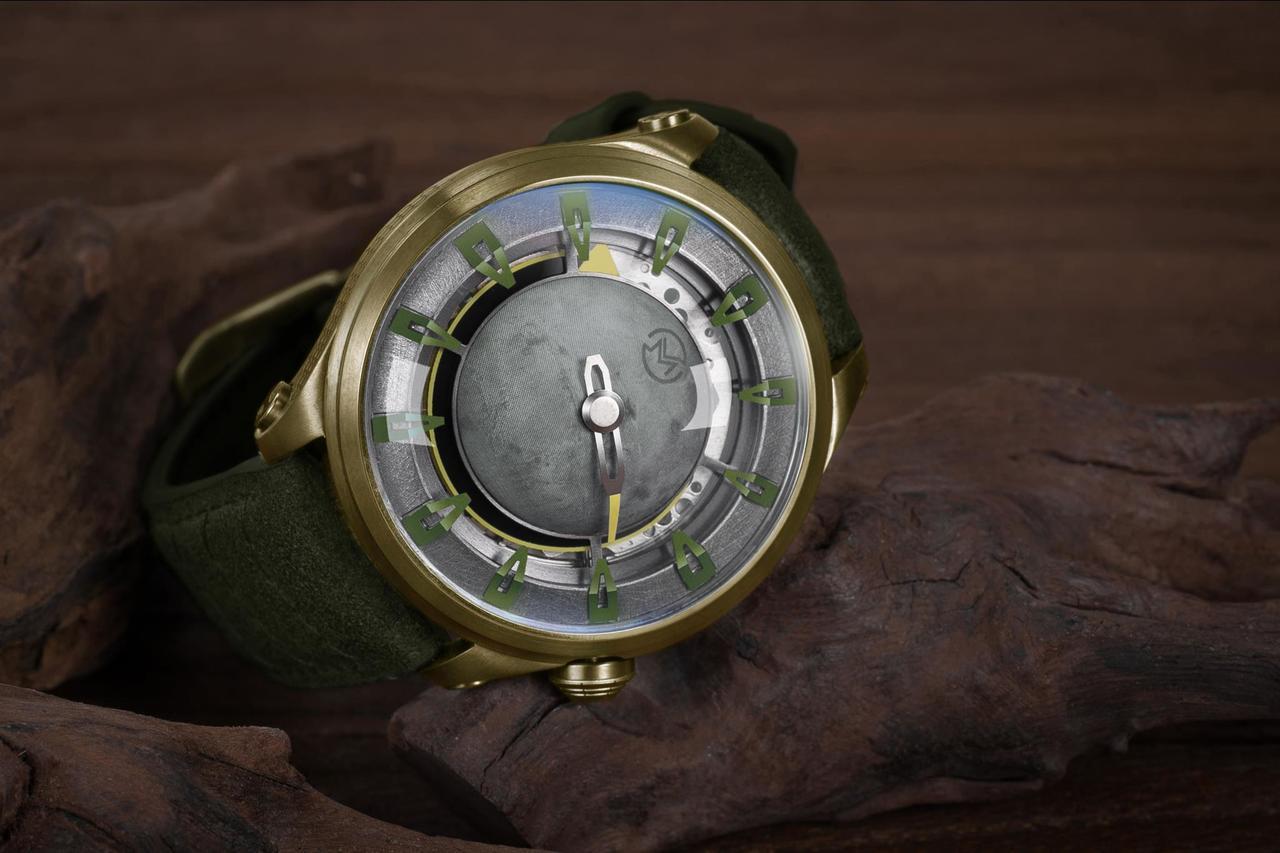 OVD火星任務星球機械錶台灣限定色-極光綠,圖/聯合數位文創提供