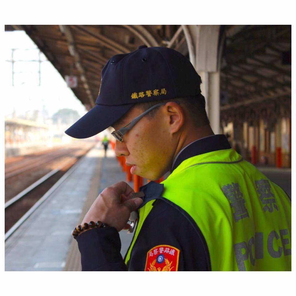英勇殉職鐵路警察嘉義派出所警員李承翰,今舉辦告別式,入祠忠烈祠。記者魯永明/翻攝