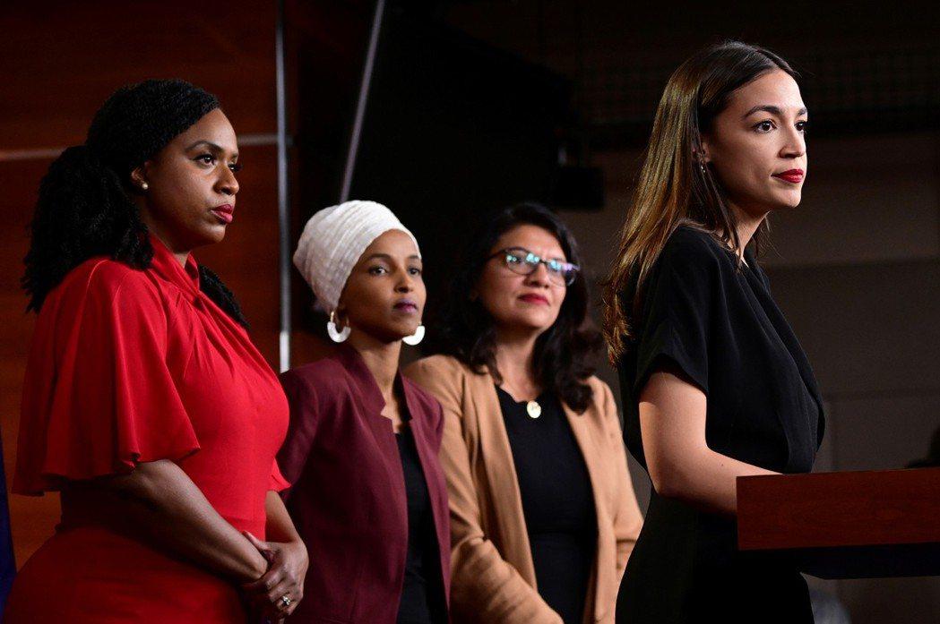 美國總統川普罵的「四人幫」是指普斯莉、歐瑪、特萊布和柯提茲(圖左到右依序)。路透