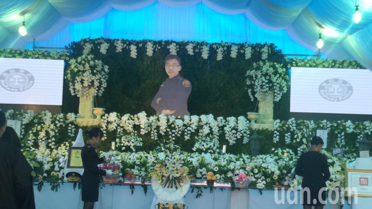 鐵路警察李承翰告別式今天舉行。記者李承穎/攝影