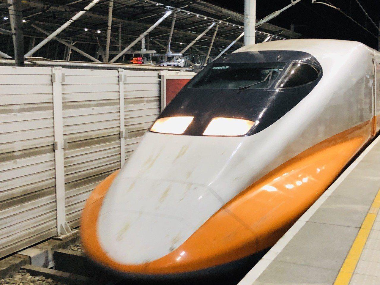 台灣高鐵慶祝TGo會員突破百萬,7月22日夜間將推出快閃半價優惠。本報資料照片