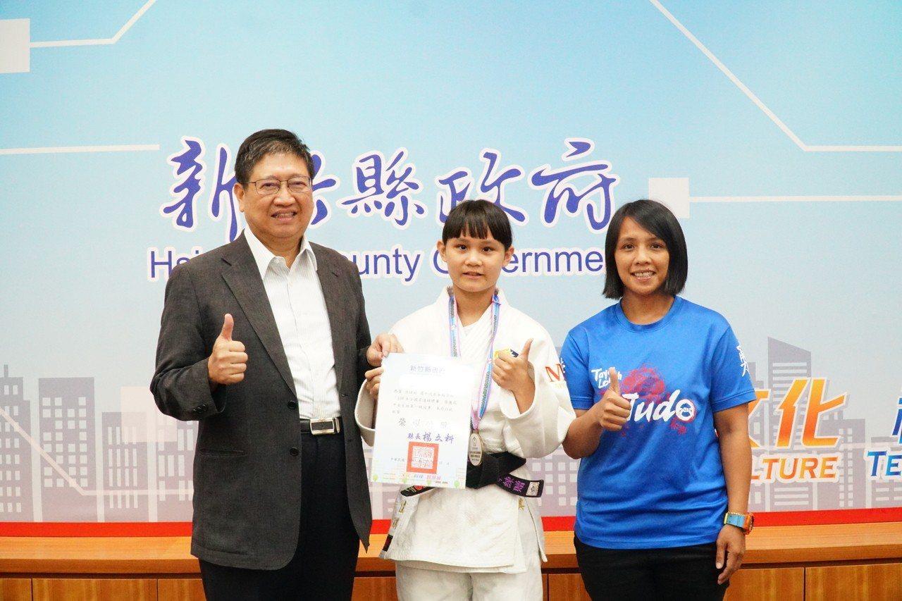 柔道隊在108年全國柔道錦標賽中摘下一金一銀。記者郭政芬/攝影