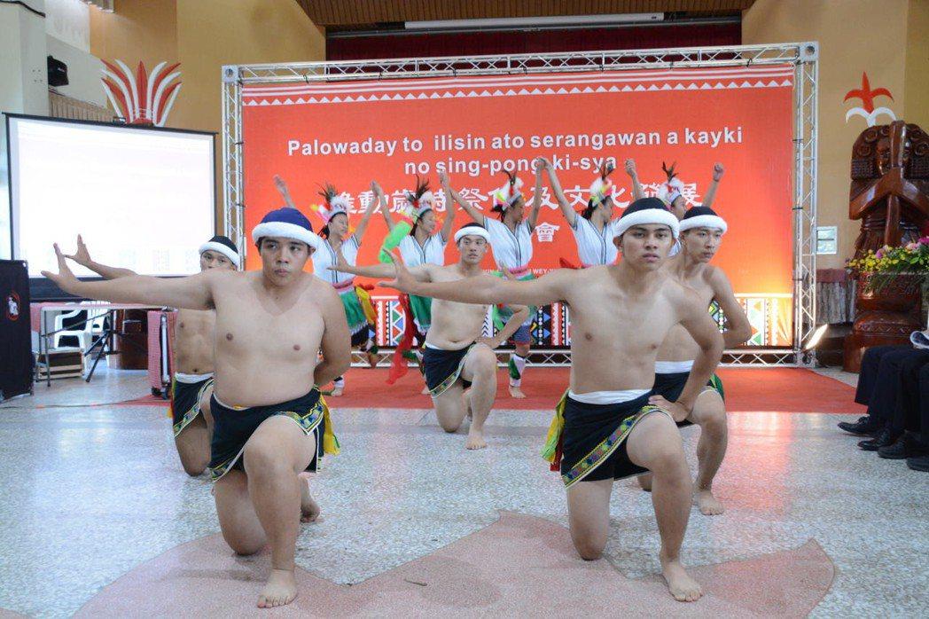 花蓮縣原民部落豐年祭陸續展開,原民會鼓勵族人多回鄉參與。記者王燕華/攝影