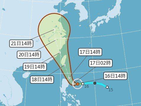 中央氣象局預測,輕度颱風丹娜絲將從中南部地區登陸,並從西北邊出去,通過台灣本島,...