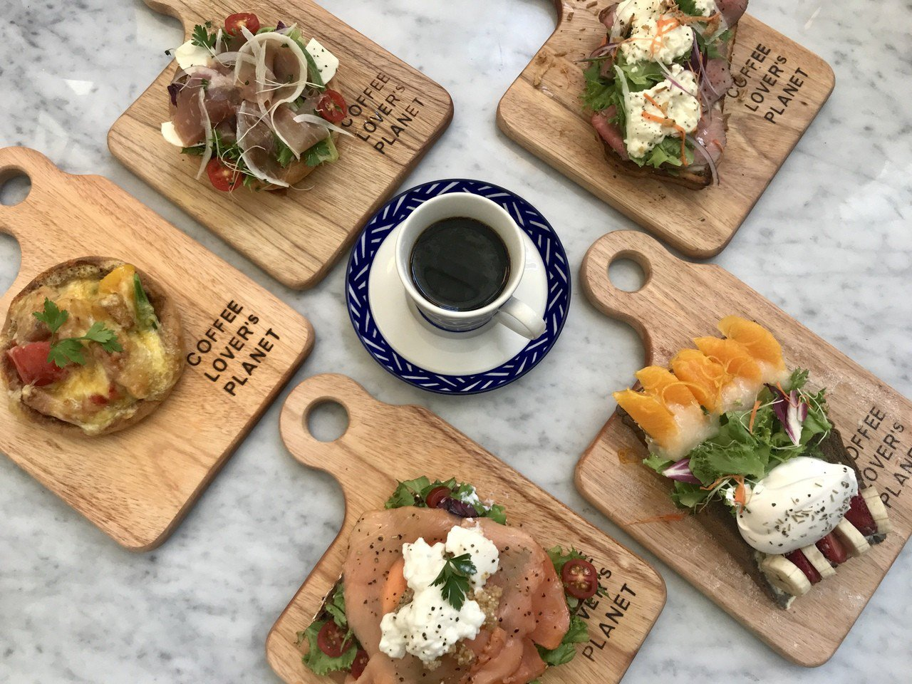 COFFEE LOVER'S PLANET推出輕食新菜單。記者江佩君/攝影