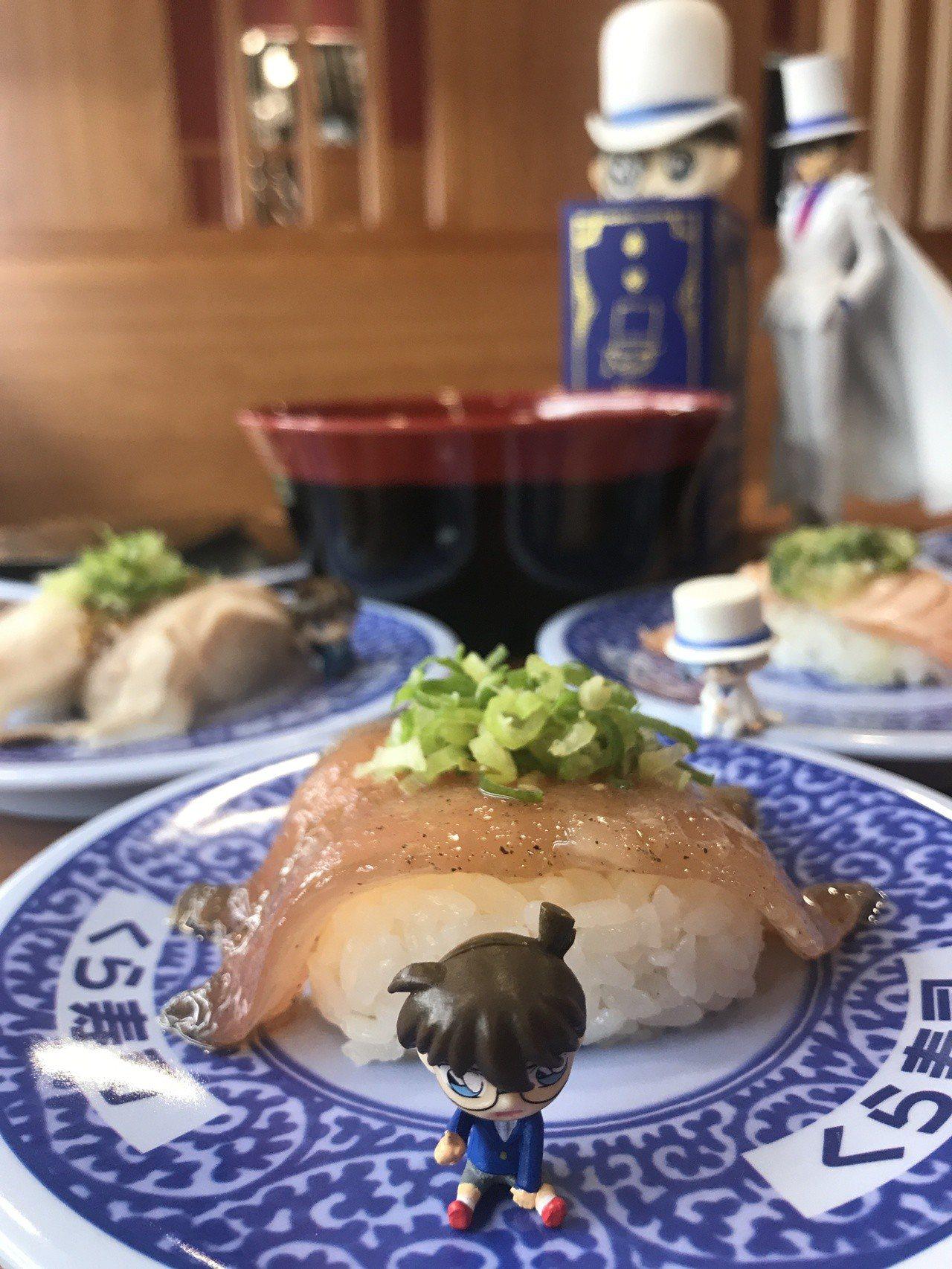 「藏壽司」進駐比漾廣場4樓,推出「柯南系列扭蛋」。記者江佩君/攝影