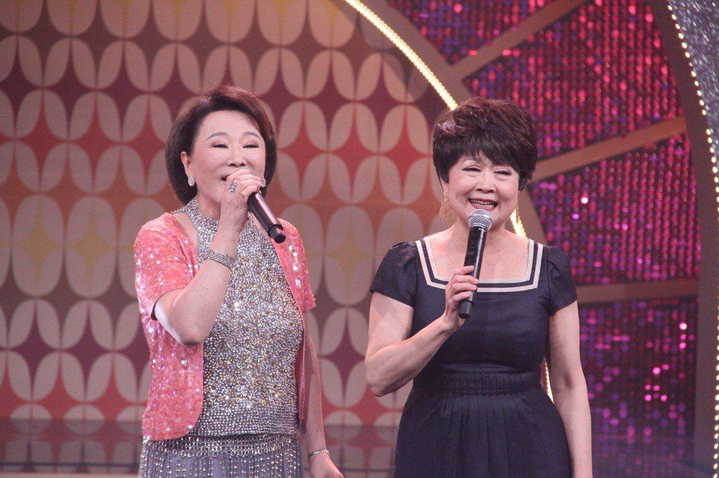 張琴(左)與張琴登上年代「MUCH金點秀」。 圖/年代提供