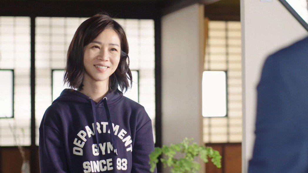 謝盈萱在「俗女養成記」戲中是一個永遠不像台北女生的台北女生。圖/華視提供
