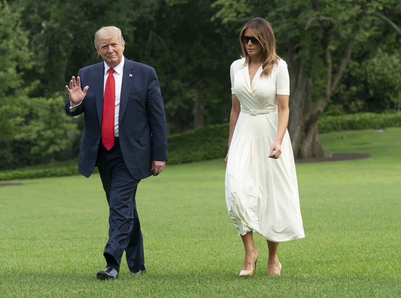 美国总统川普的妻子梅兰妮亚(右)原籍斯洛维尼亚。欧新社
