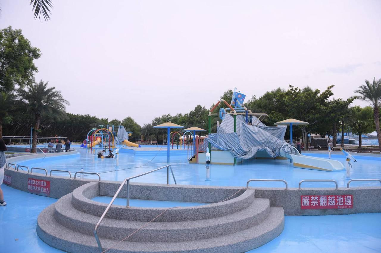 花蓮知卡宣綠森林親水公園水上樂園明天正常開放。 圖/花蓮縣府提供