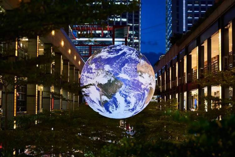 Discovery頻道為紀念人類登月50周年,而把「蓋亞」帶到台北信義區香堤大道...