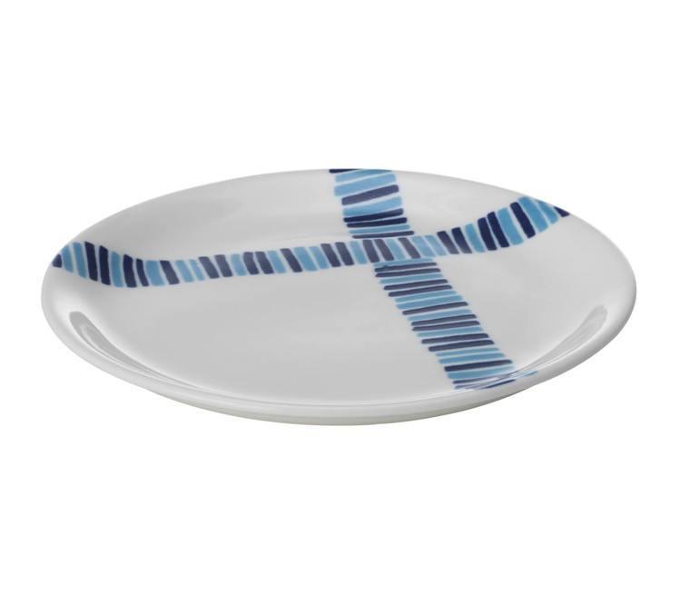 FOLIEFORM麵包碟(藍白色系),原價99元、特價69元。圖/IKEA提供