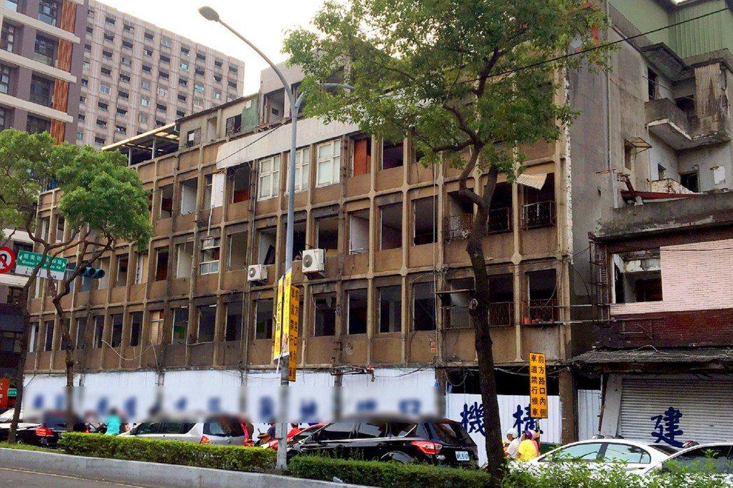 政府釋出「危老重建」利多,鼓勵老宅新建。圖/中信房屋提供