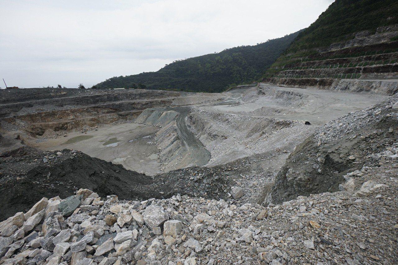 亞泥位於花蓮的新城山礦場。圖/報系資料照片