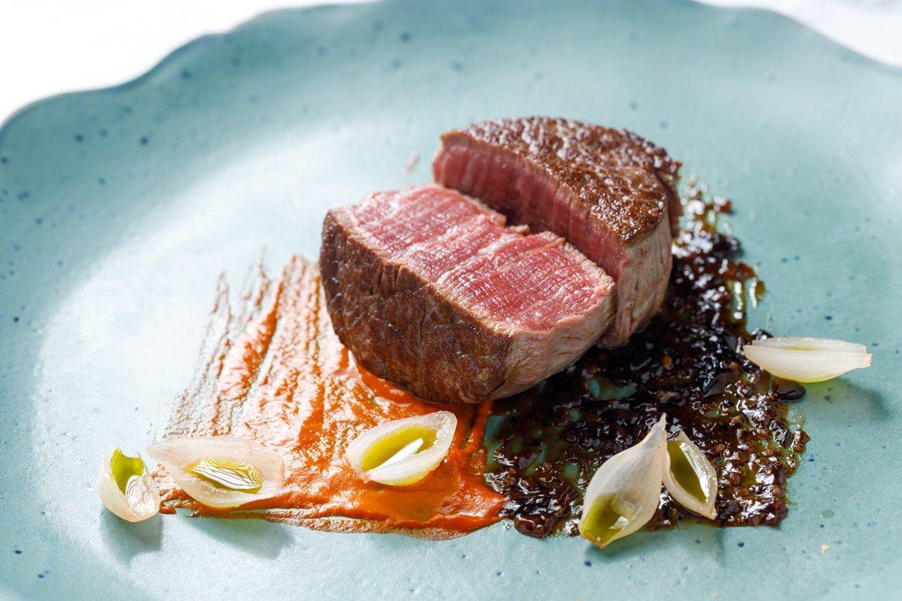 DAIMON•廚魔館午間升級套餐,2,680元 +10%服務費。圖/微風提供