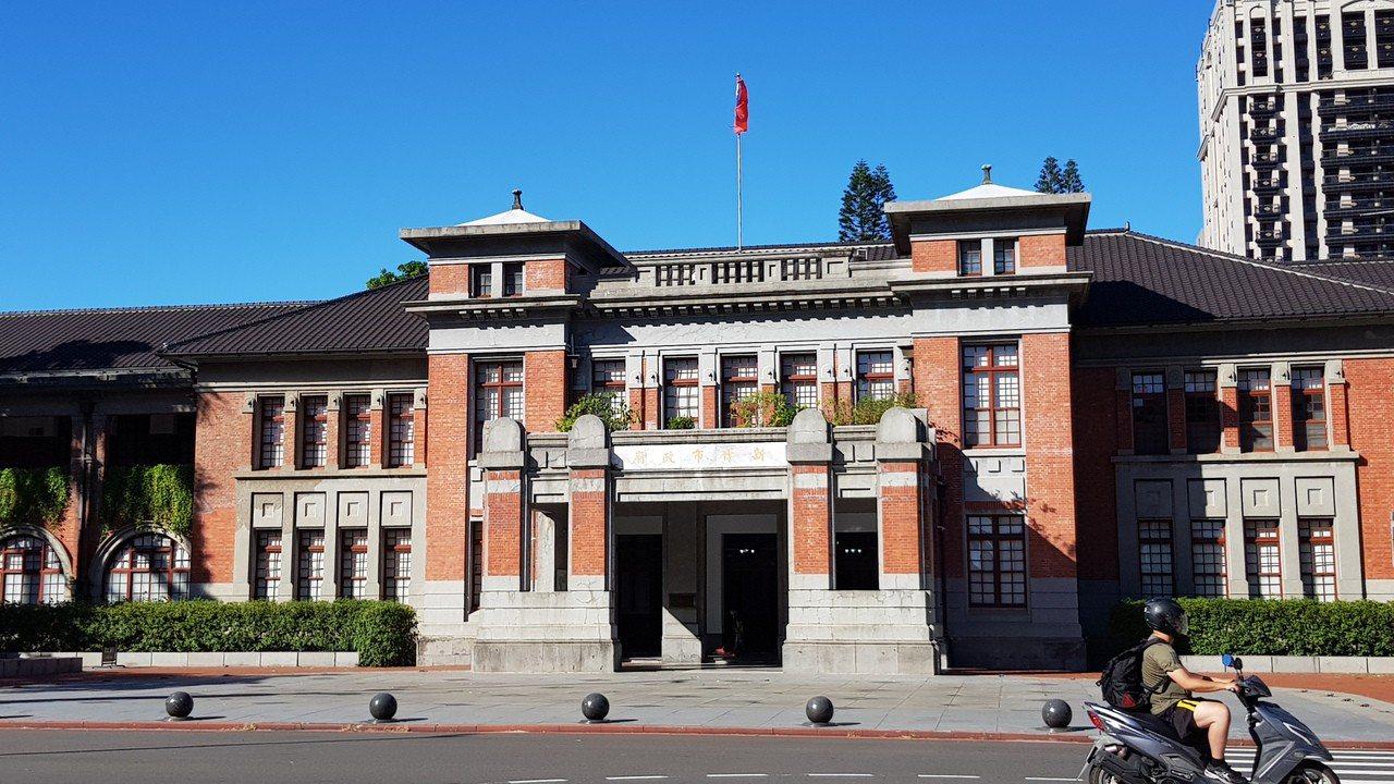 新竹市政府今晚宣布明天正常上班上課。記者黃瑞典/攝影