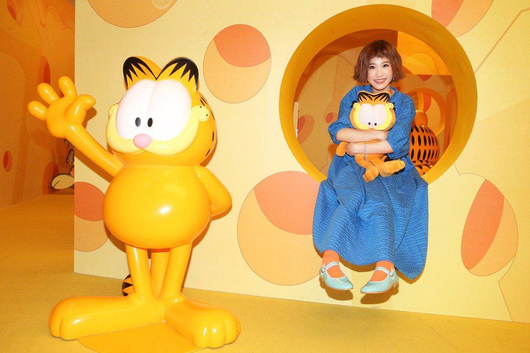 LULU參觀加菲貓40周年特展。記者胡經周/攝影