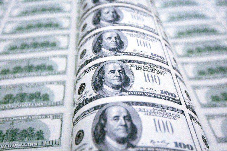 高收益債相較接近股市,若做好風險控管,有機會提供不錯的資本利得及息收。 本報系資...
