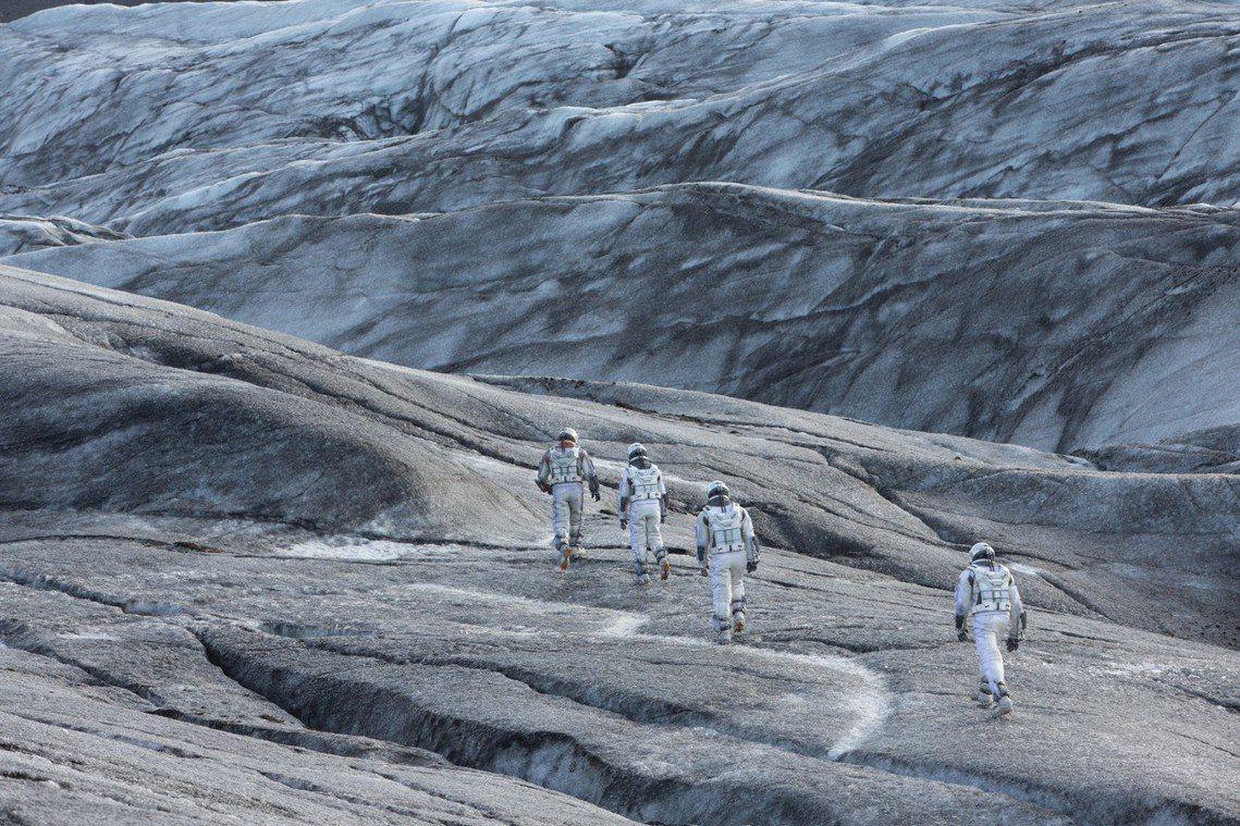 維京人開墾冰島不到一世紀,島上97%的原生樹林就已被砍伐殆盡。此後直到19世紀初...