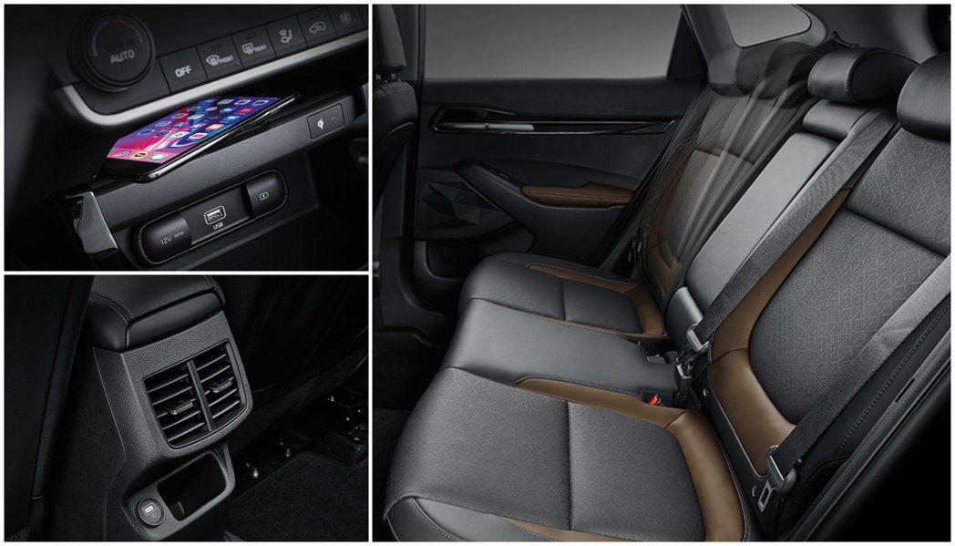 全新Kia Seltos配有手機無線充電板、後座冷氣出風口 (還帶有一個USB插...