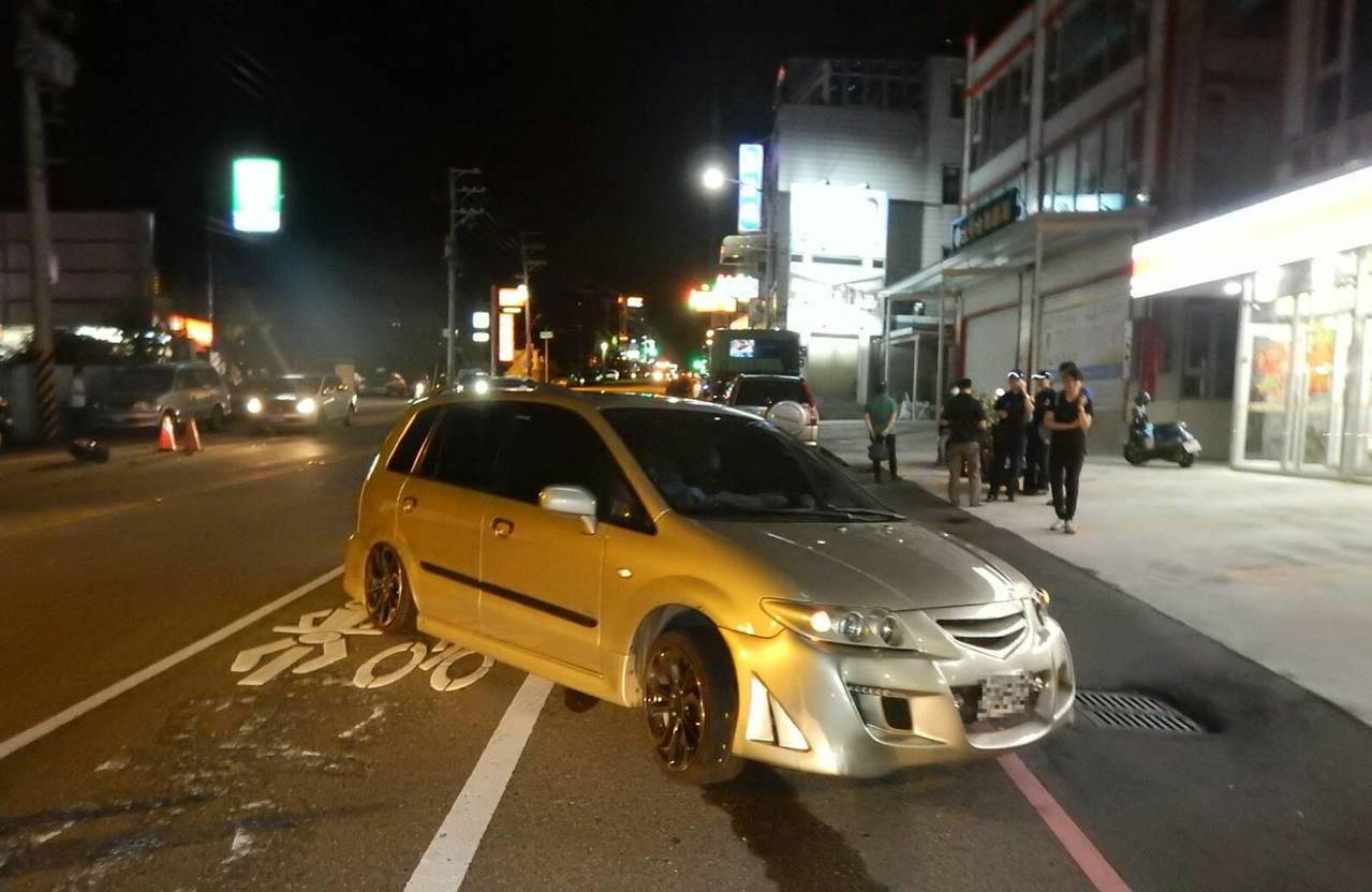 台中市大甲區昨晚發生車禍,一人受傷。圖/民眾提供