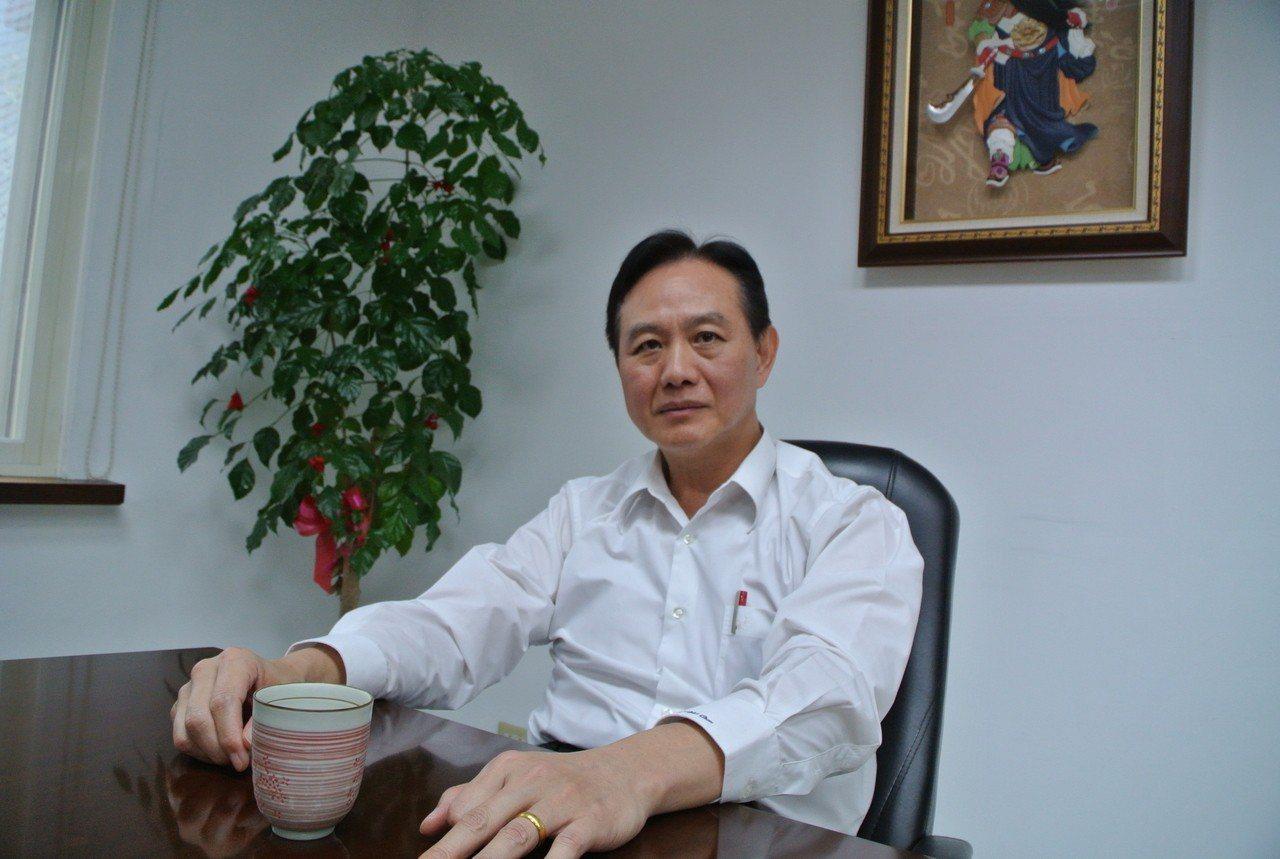 警政署警政委員周幼偉接任台南市警察局長。記者陳金松/攝影