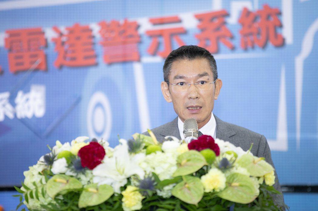 為升電裝董事長尤山泉表示,大型車輛裝設行車視野輔助系統已是世界趨勢(為升公司提供...