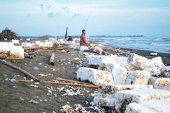 全台13處最髒海岸 環保署颱風季後要出手清理了