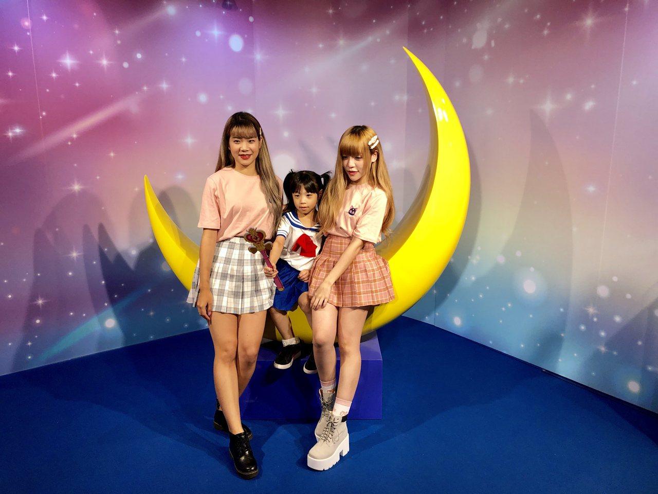 美少女戰士夢幻世界台中站,精心打造粉絲心目中的夢幻世界,還加碼推出全新變身場景,...