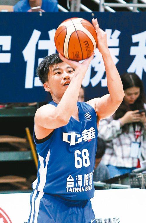 中華藍張博勝投籃,本場他獨得廿分。 記者林澔一/攝影