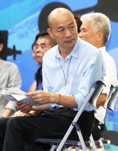 高雄市長韓國瑜近來面對媒體只回答市政問題,針對總統選舉相關議題,一概只說「謝謝」...