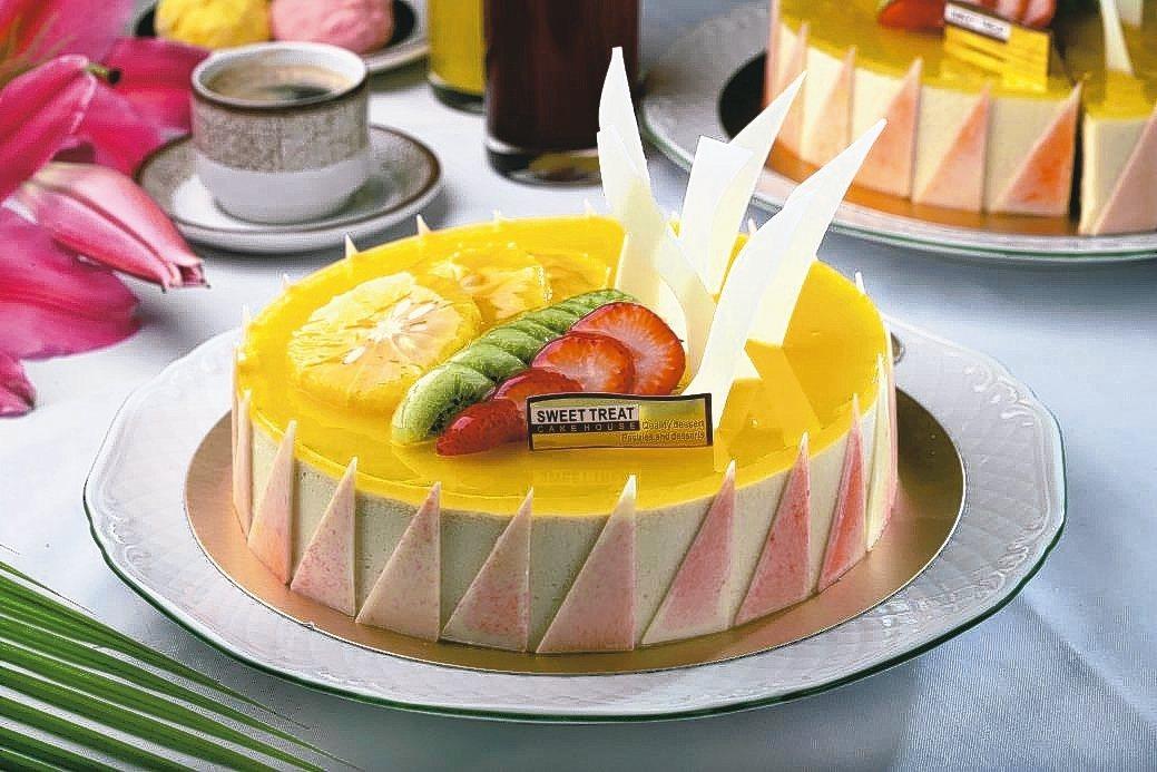 SUNNY CAFE於父親節活動期間,推出現場任一款6吋、8吋蛋糕88折。 王朝...