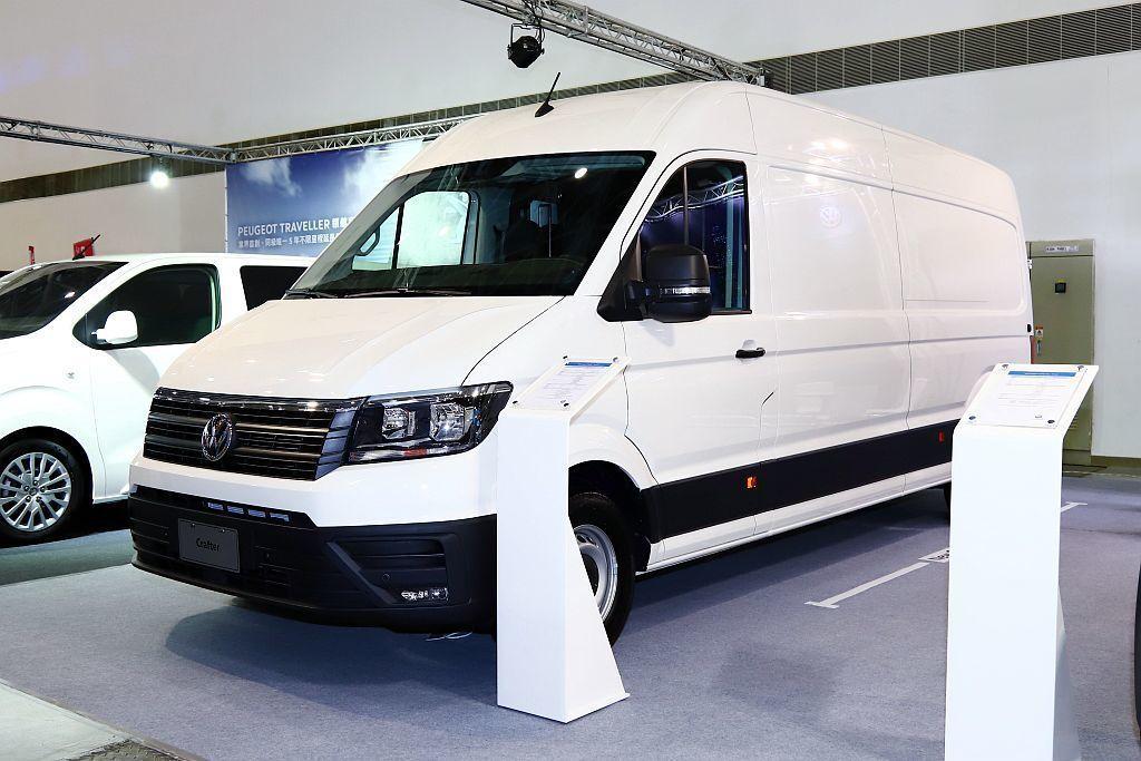 讓許多商家等待已久的新世代福斯商旅Crafter Van,終於現身台灣。 記者張...
