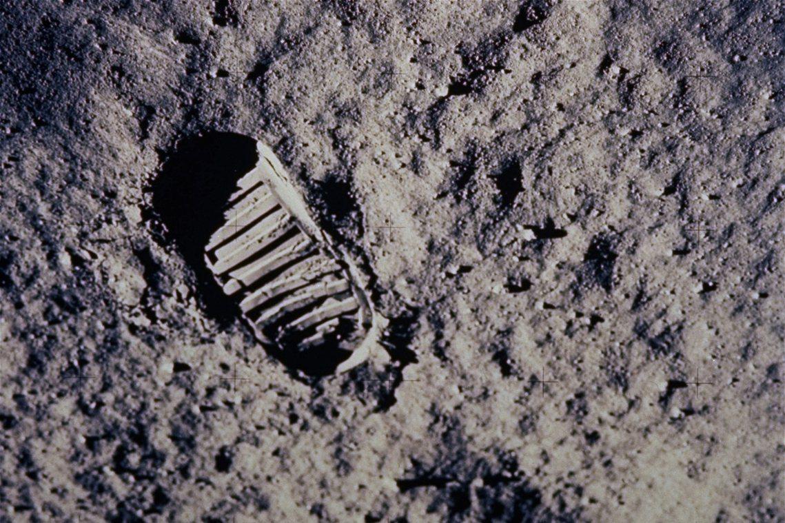 「這是一個人的一小步,卻是人類的一大步。」 圖/美聯社