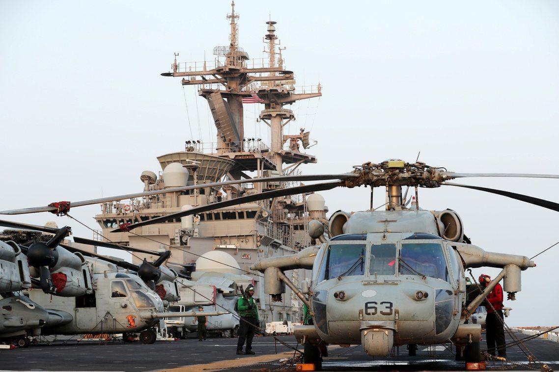 「無人機靠太近了,講不聽,所以就被『拳師號』打爆了。」美國總統川普18日在記者會...