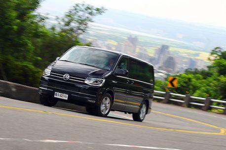 有需要等小改款嗎?新年式福斯商旅T6 Multivan試駕體驗