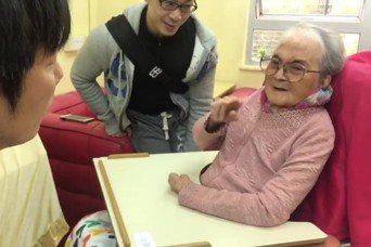 波多野裕介日前曾探望姚莉。圖/擷自臉書
