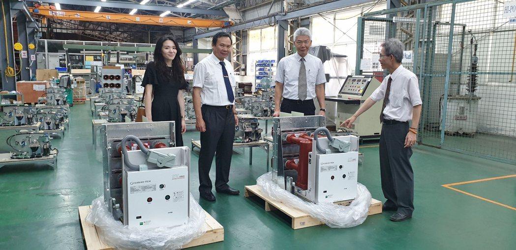 位於桃園的永彰機電廠,生產多種規格的高品質斷路器。徐谷楨/攝影