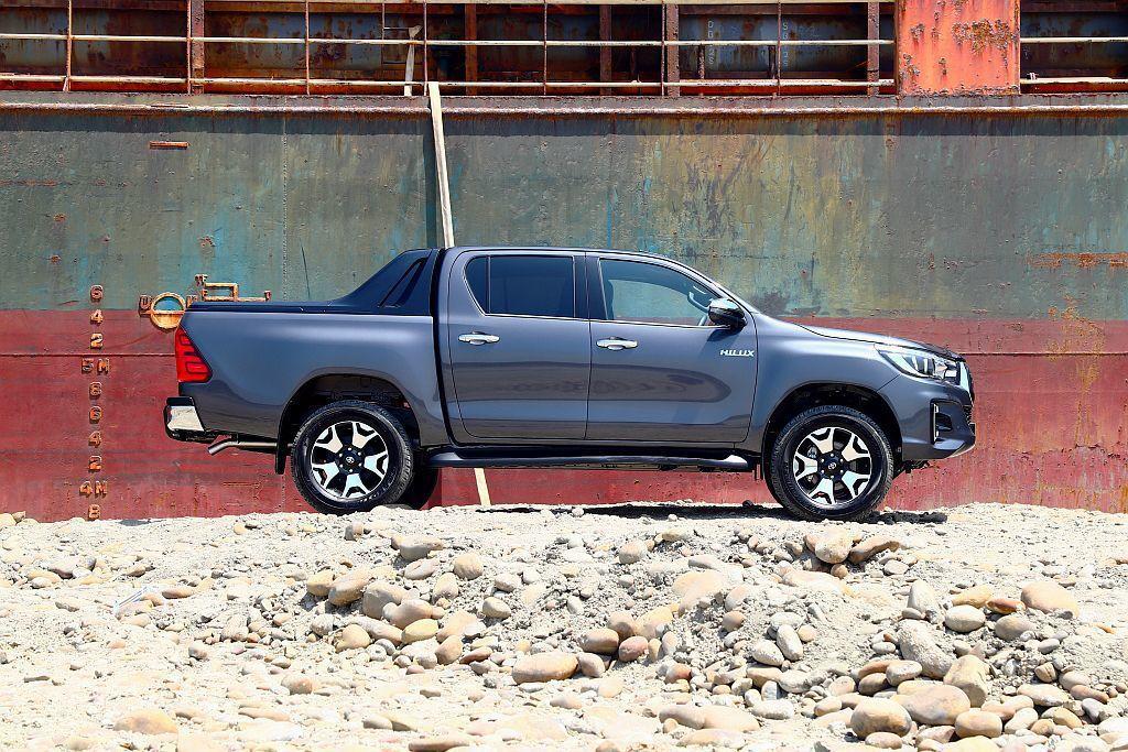 Toyota Hilux在其他市場有眾多車型可選,但和泰汽車導入的是等級較高且可...