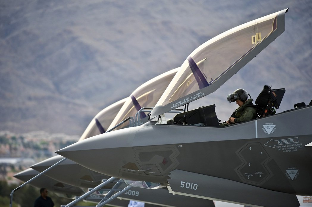 土耳其是F-35開發階段、從「聯合攻擊戰鬥機計劃」(JSF)就參與的第三級合夥國...