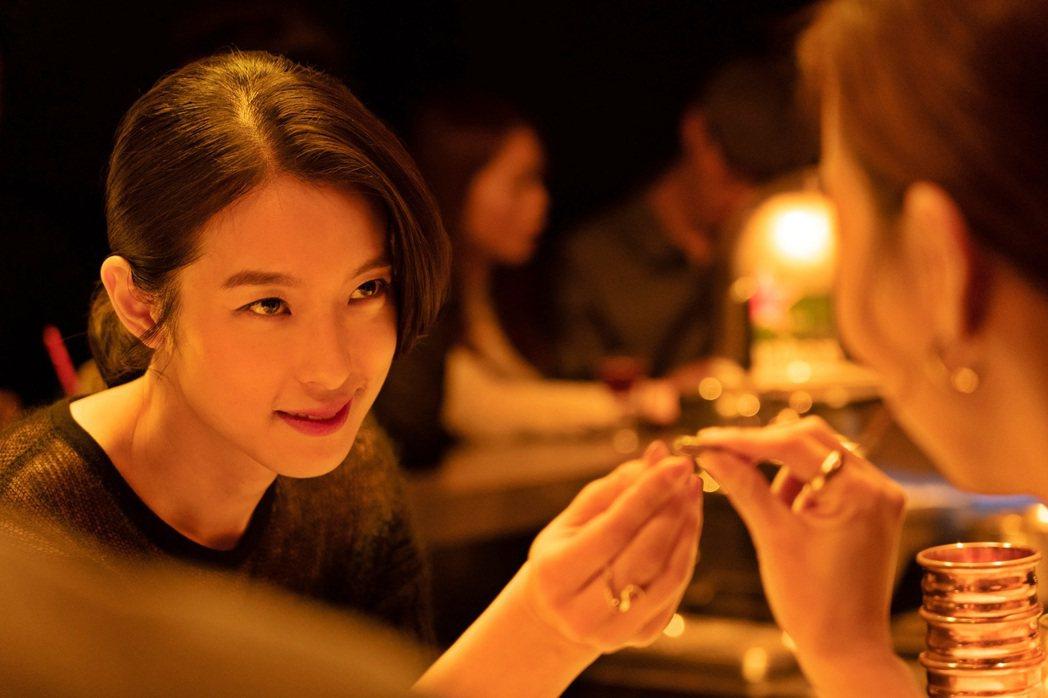 賴雅妍在「聖人大盜」角色正邪難辨。圖/双喜提供