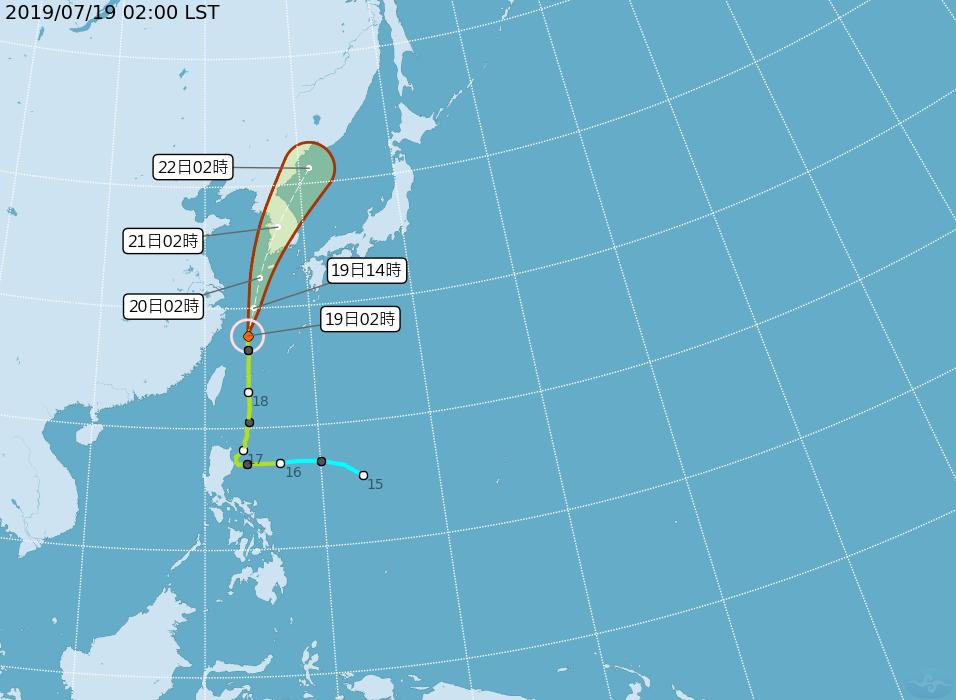 彭啟明表示,丹娜絲颱風目前颱風中心已經走到長江口上海東方外海,往韓國方向前進,周...