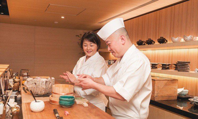 藤森壽司料理長藤森康博及妻子藤森宣子即將來台。圖/台北西華飯店提供