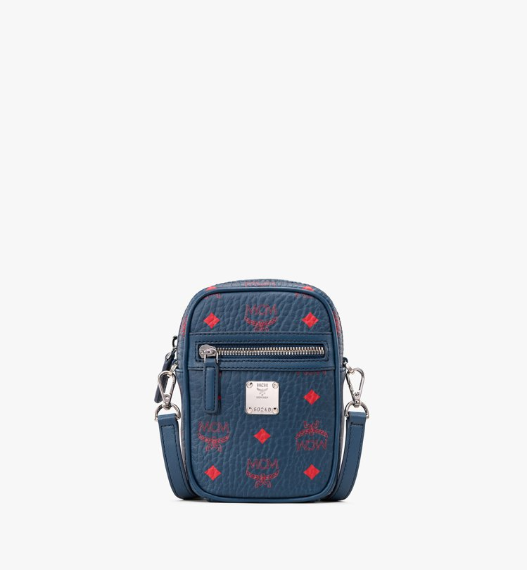 Deep Blu Sea斜背包,售價15,000元。圖/MCM提供