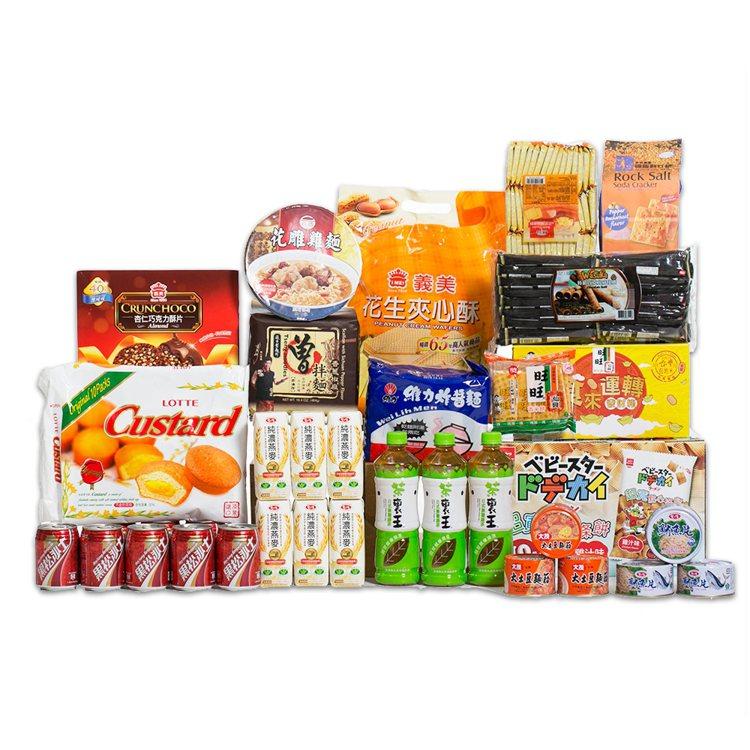 momo購物網推出出近百款中元拜拜箱,圖為超級發發發熱銷組,活動優惠價3,888...