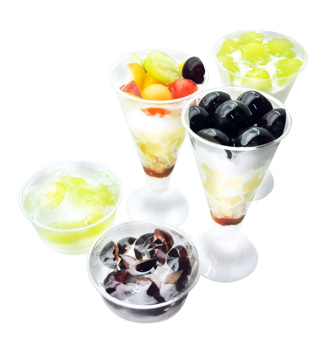 「旬果屋」以當季的岡山葡萄為主角,量身打造精緻手作水果甜點,在微風南山旗艦店特別...