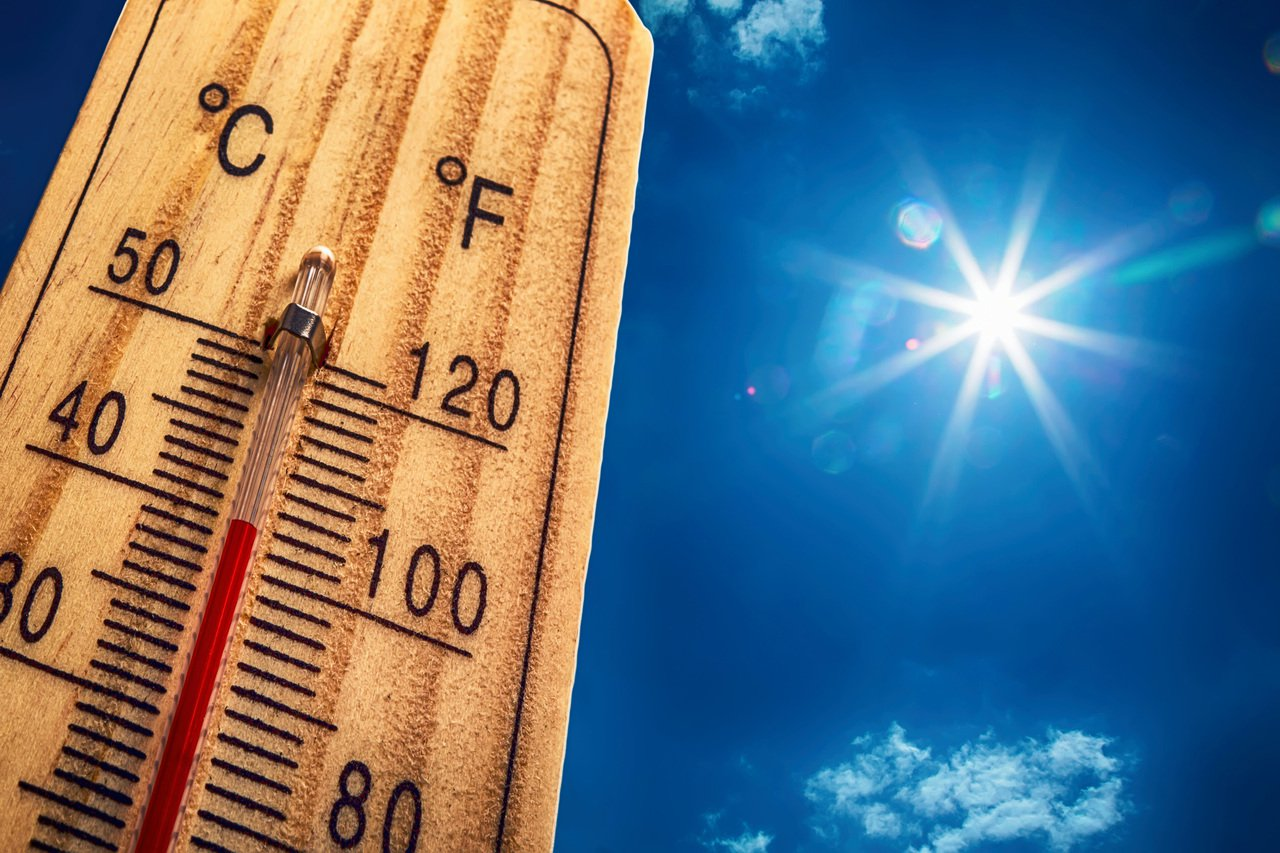 大半個美國在這個周末都籠罩在致命熱浪下,圖為佛州氣溫已超過100℉。(TNS)
