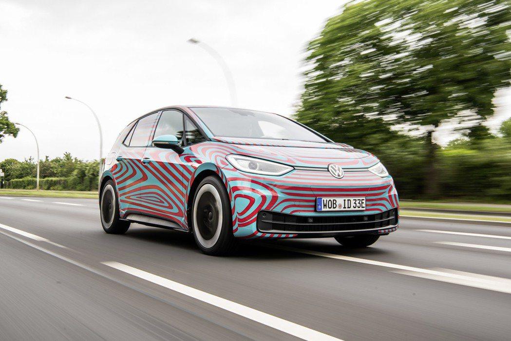 Volkswagen ID.3是品牌電動車計畫的新純電掀背車,實車預計在今年九月...