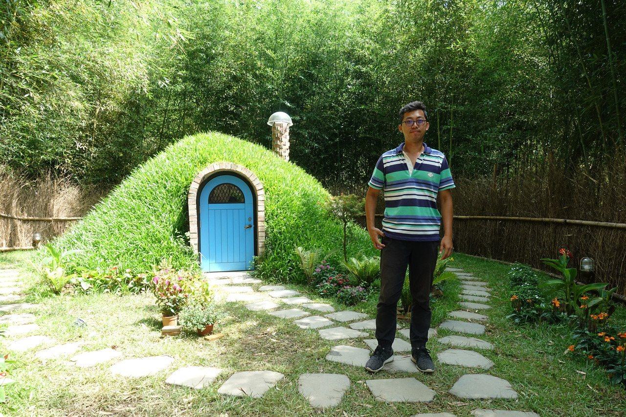 哈比丘園長吳宗樺,他希望遊客來此心靈放鬆,未來他想打造哈比屋王國,在哈比屋內舉辦...
